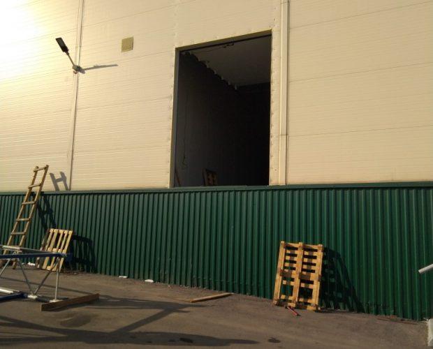 пандус склад, ворота для склада, проём под ворота, склад рампа, проём для секционных ворот,